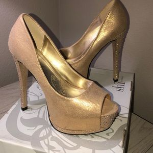 Gold Peep Toe Heels by Shï — Size 7